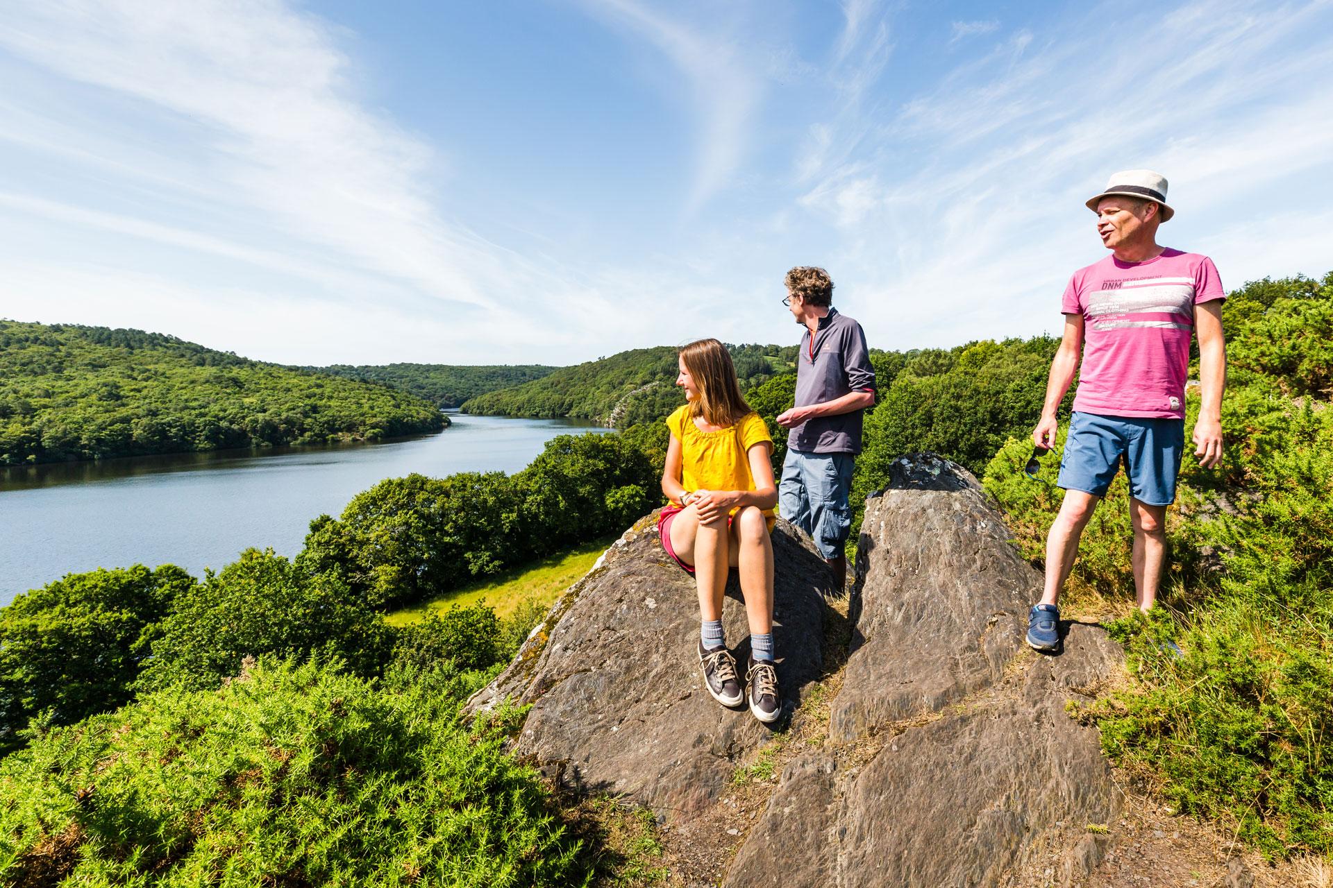 Le Lac de Guerlédan, site incontournable pour voyage en Groupe en Côtes d'Armor